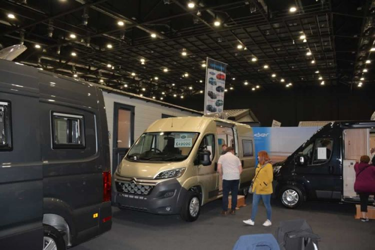 love-touring-expo-2019-2605